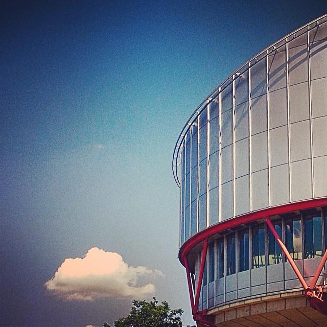 Страсбургский суд по правам человека | Что это, где находится и как обратиться?